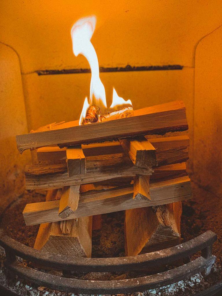 starting a log burner